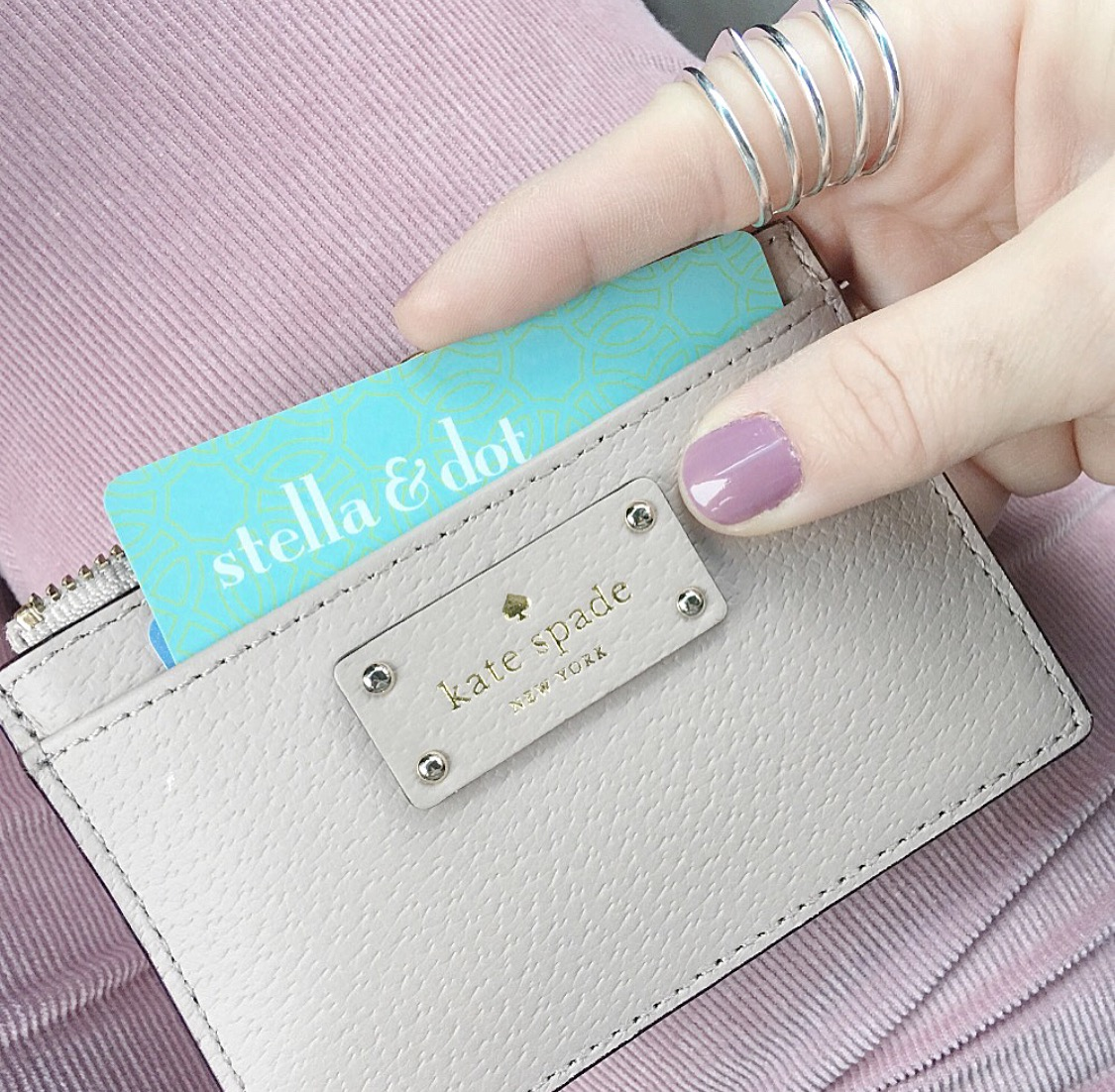 Product Pusher: Confessions of a Stella & DotStylist